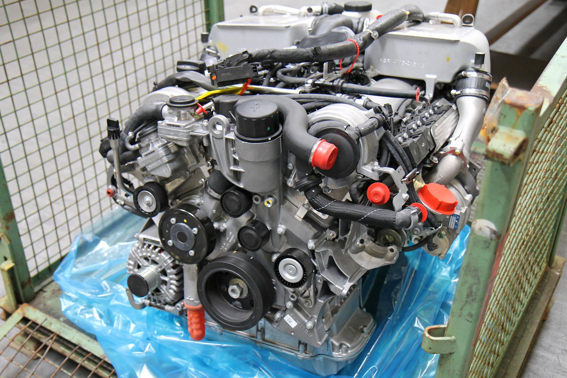 Mercedes-Benz original G-Klasse 463 Motor Benzin G 65 AMG 450 kW 612 ...
